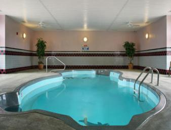 Microtel Inn & Suites by Wyndham Joplin Photo