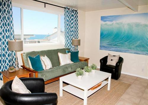 Oceanside Beach Apartment 1