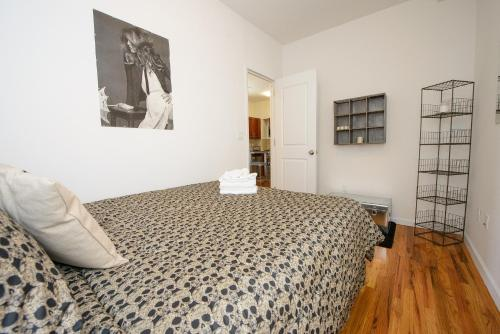 Lower East Side 3 Bedroom Photo