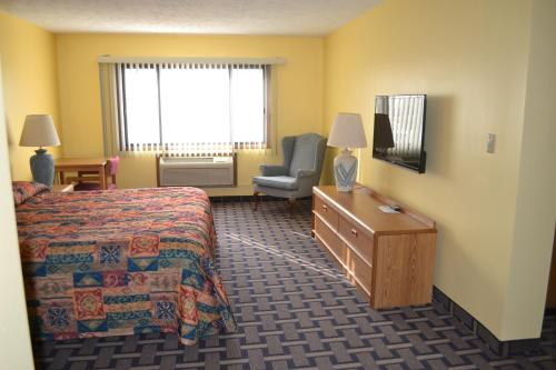 Sky Lodge Inn & Suites - Delavan Photo