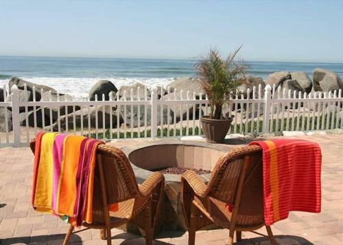 Oceanside Beach Apartment 3