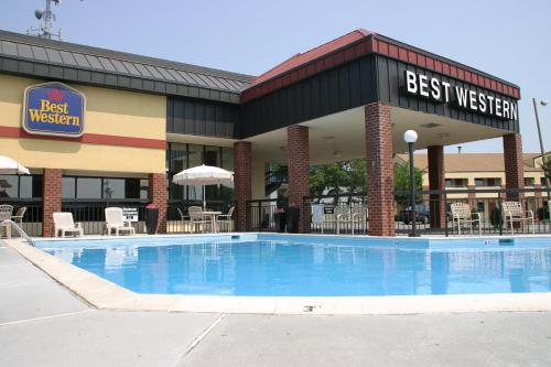 Picture of Best Western Center Inn