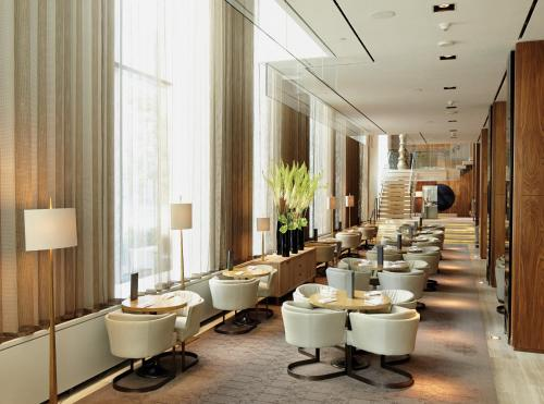 Four Seasons Hotel Toronto at Yorkville photo 14