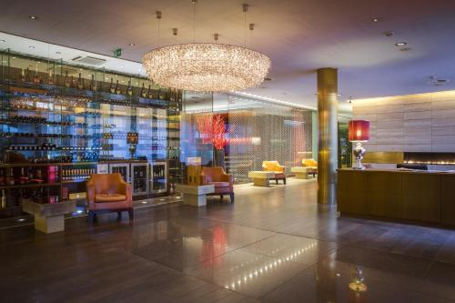 Radisson Blu Media Harbour Hotel, Dusseldorf, Germany, picture 1