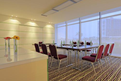 Park Inn by Radisson Abu Dhabi Yas Island photo 6