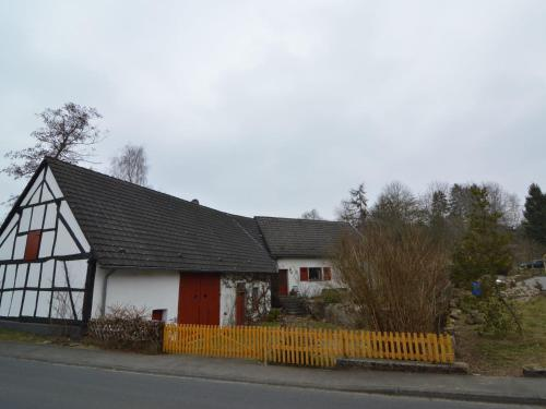 Holiday home Am Uessbach