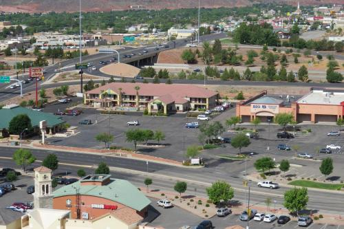 America's Best Inn & Suites Saint George Photo