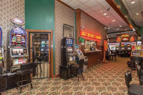 Hickok's Hotel and Gaming Photo