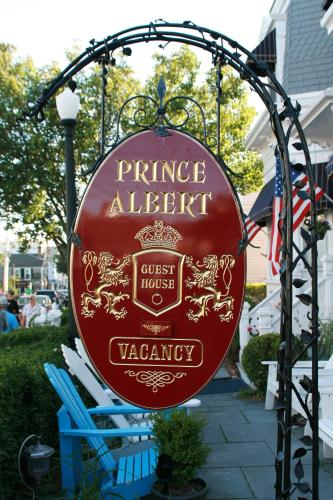 Prince Albert Guest House Photo