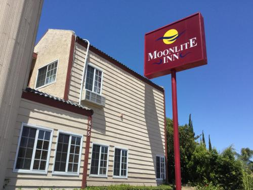 Moonlite Inn - Redondo Beach, CA 90277