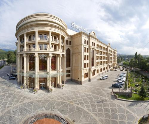 Book a hotel near Zodiac Fountain, Almaty, Kazakhstan