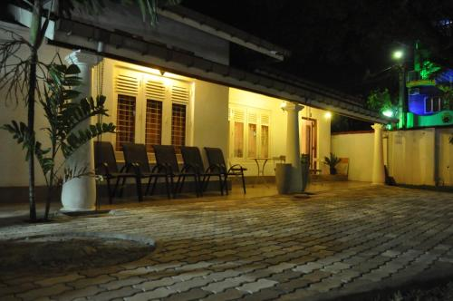 Dions Guest House, Negombo