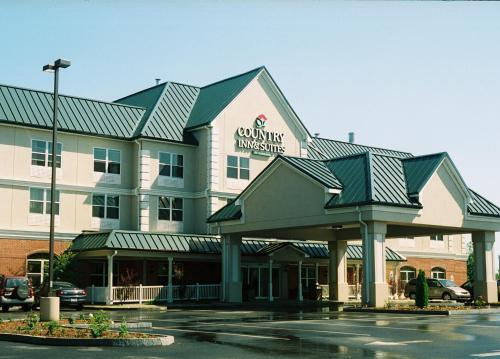 Country Inn & Suites Brockton Photo