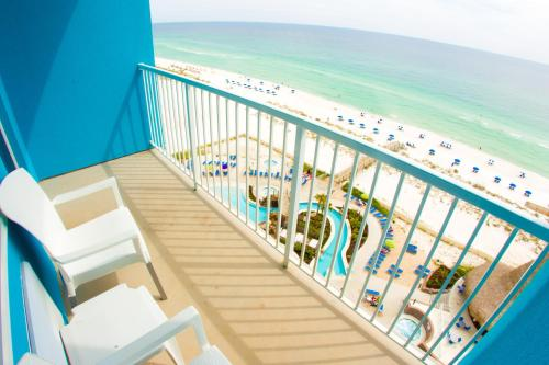 Holiday Inn Resort Pensacola Beach Photo