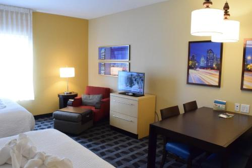 TownePlace Suites by Marriott Houston Westchase photo 34