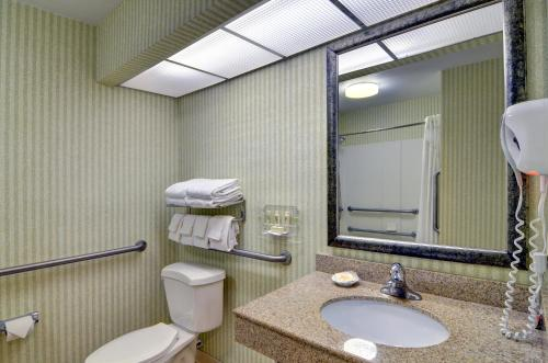 Holiday Inn Resort Wilmington East Wrightsville Beach Photo