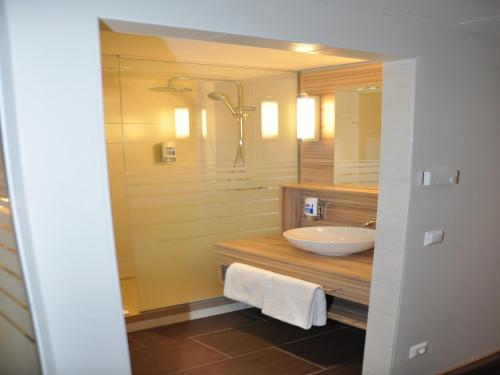 Star Inn Hotel Premium Wien Hauptbahnhof, by Quality photo 17