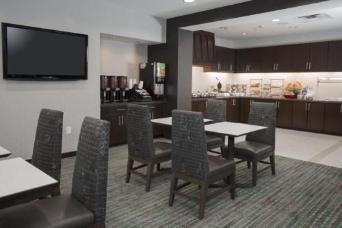 Residence Inn by Marriott Arlington South Photo