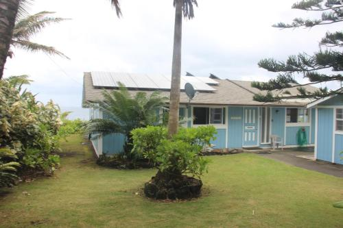 Ocean Front Alohahouse Photo