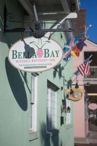 Bella Bay Inn Photo