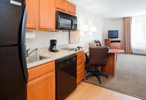 Candlewood Suites Rocky Mount Photo
