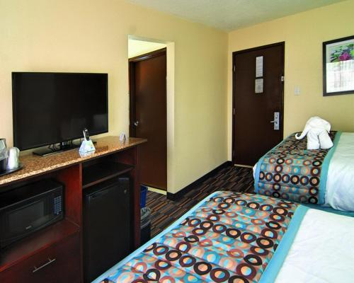 Best Western Plus Elizabeth City Inn & Suites Photo