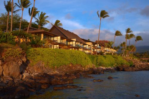 Photo of Napili Kai Beach Resort hotel in Lahaina