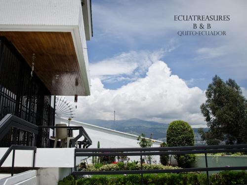 Ecuatreasures B&B Norte Photo