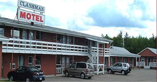 Clansman Motel Photo