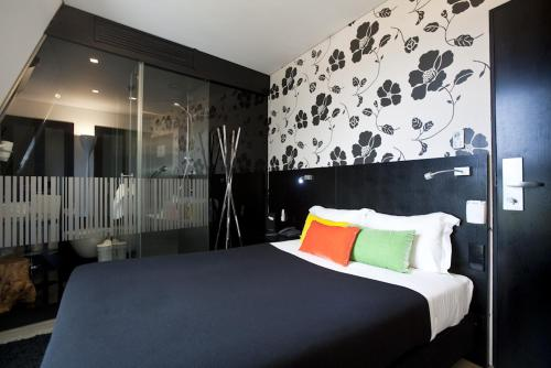 Funchal design hotel review madeira travel for Funchal design hotel