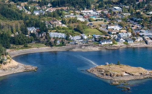 The Landmark Orcas Island Photo