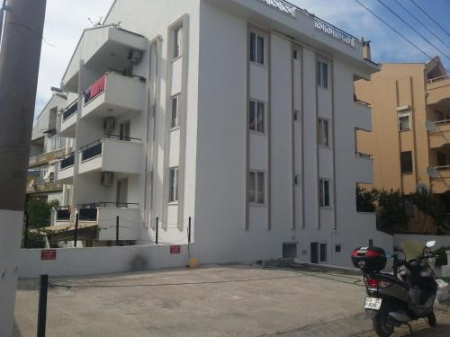 Marmaris Ilona Apartments tatil