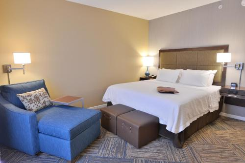 Hampton Inn & Suites Chippewa Falls Photo