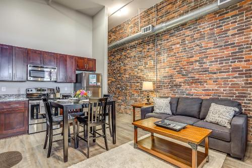 Picture of Commerce Street Apartment by Stay Alfred