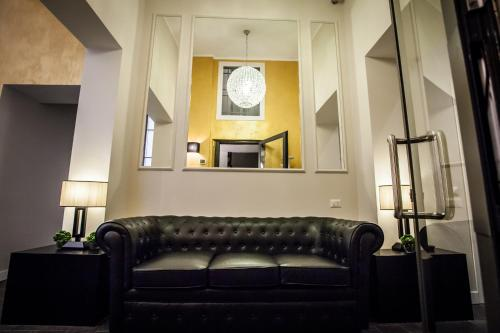 Chic town luxury rooms rome italy overview for Hotel rome chic