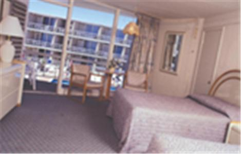 Photo of Jolly Roger Motel Hotel Bed and Breakfast Accommodation in Wildwood Crest New Jersey