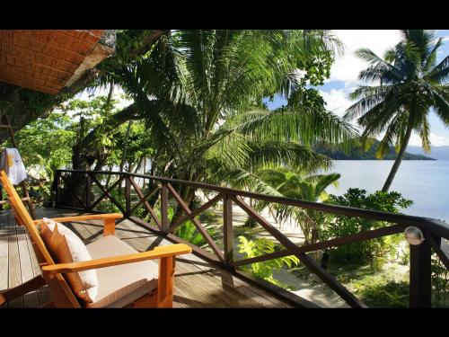 Matangi Private Island Resort Photo