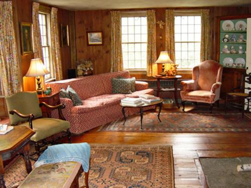 The Inn at Woodchuck Hill Farm Photo