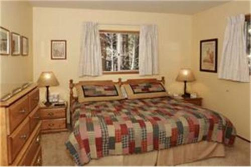 Ann's Place - Big Bear Lake, CA 92333