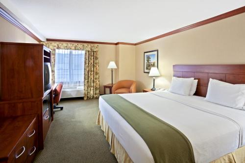 Holiday Inn Express Hotel & Suites Portland-Northwest Downtown Photo