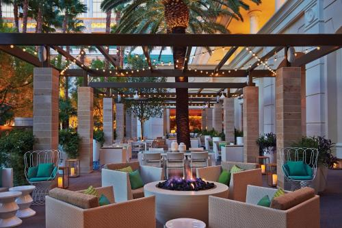 Four Seasons Hotel Las Vegas Photo