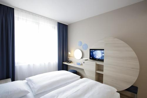 H2 Hotel Berlin-Alexanderplatz photo 2