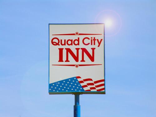 Quad City Inn Photo