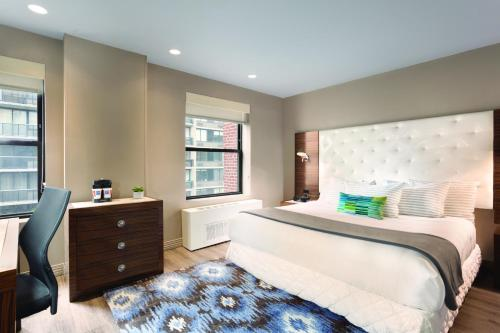 TRYP New York Times Square photo 14