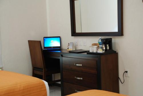 Comfort Inn Cancún Aeropuerto Photo