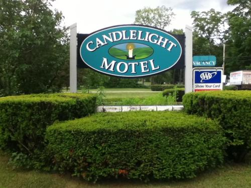 Candlelight Motel Photo