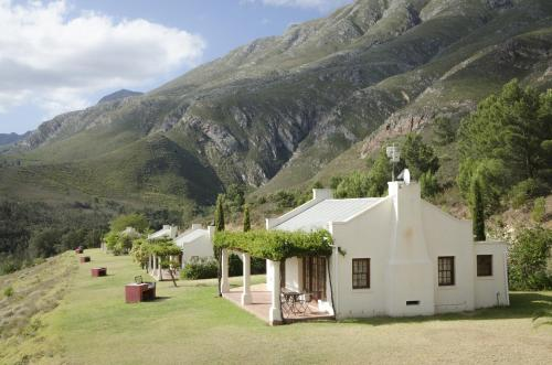 Bushmanspad Estate Photo