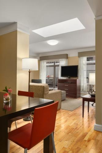 Best Western Plus Hospitality House Suites photo 28