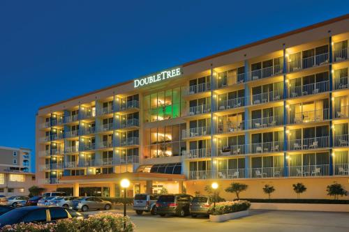 DoubleTree Beach Resort by Hilton Tampa Bay – North Redington Beach Photo