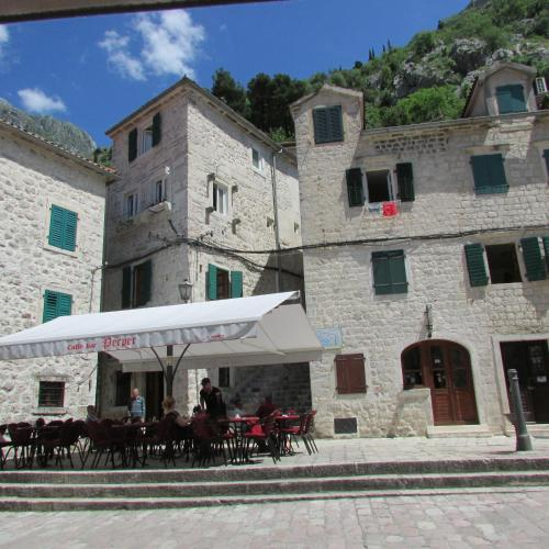 Apartments Popovic, Kotor